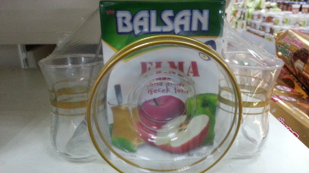Balsan apple glass set, Turkey